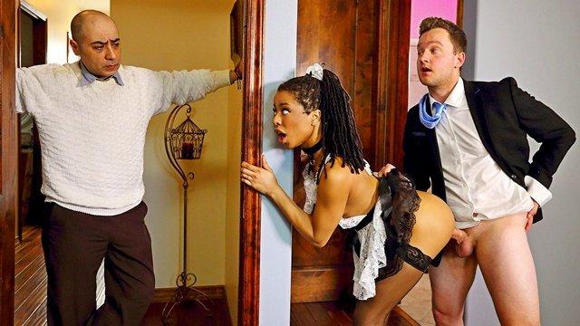 Негр и белая жена с разрешения мужа порно видео онлайн — img 2