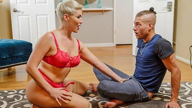 Голышом порно ебливые дамы видео порно фильм секс