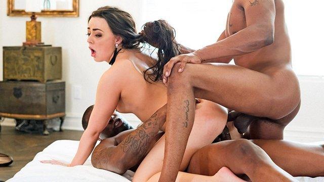 Порно в троем смотреть сексютуб