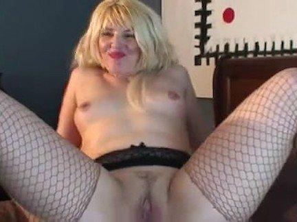 Жопой на лицо порно бесплатно