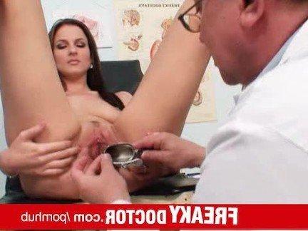 rasshiritel-vo-vlagalishe-video-smotret-onlayn-pet-spermu-sosedka