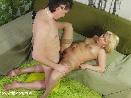 Порно видео красавица тётя и внук